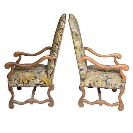 Pair of Chairs in Needlepoint Upholstery CD558055
