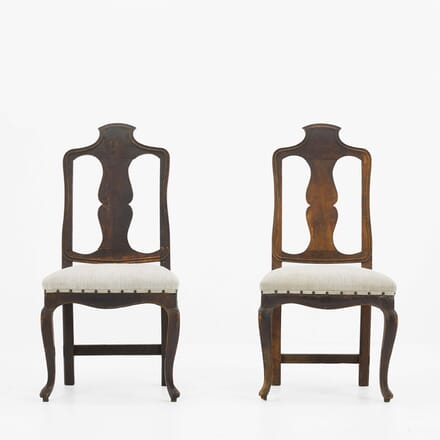 Pair of Early 18th Century Italian Walnut Side Chairs CH068497