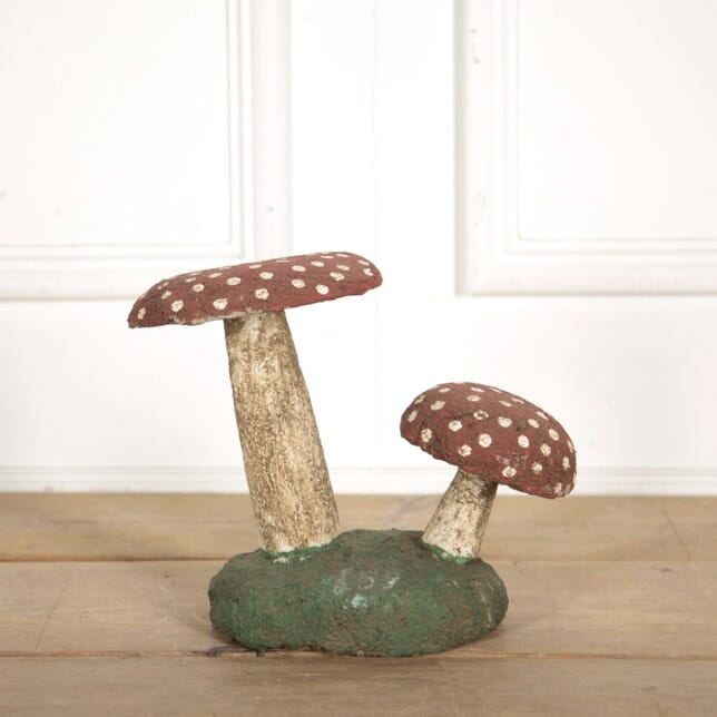 Reconstituted Painted Stone Toadstool DA138341