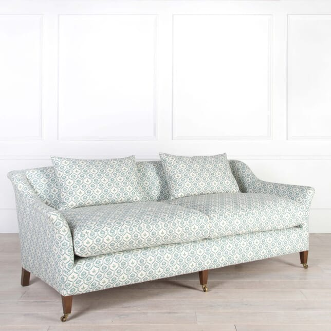 The Traditional Elmstead Sofa SB958748
