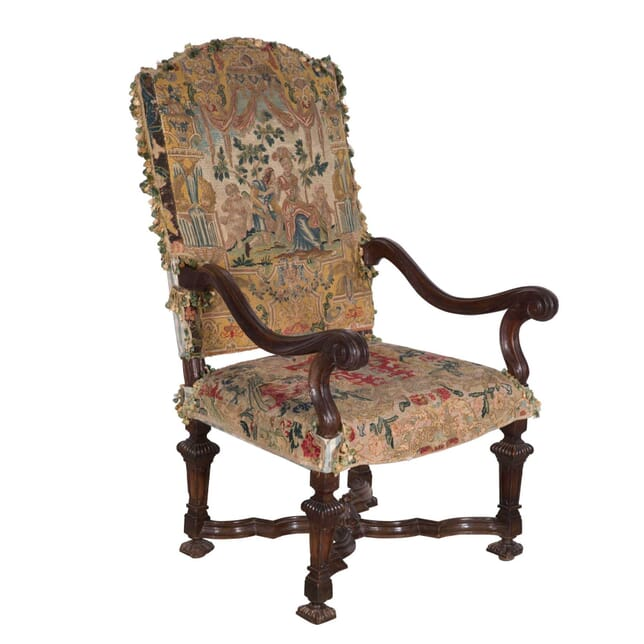 18th Century Walnut Armchair CH0158074