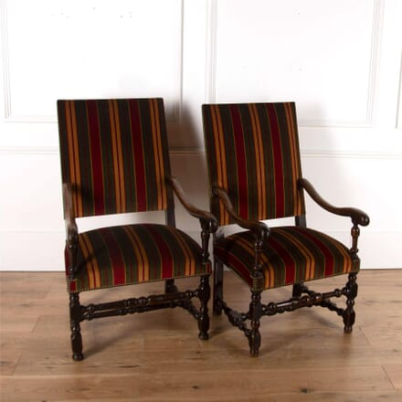 17th Century Walnut Armchairs CH4762182