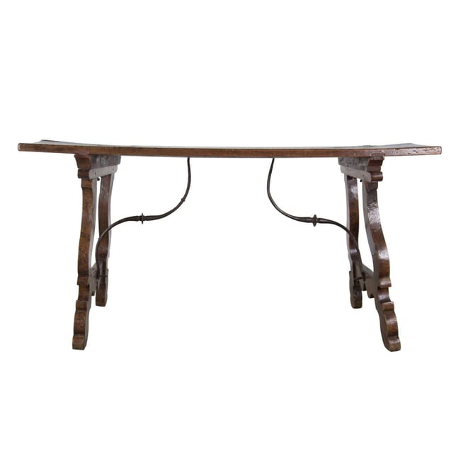 17th Century Spanish Table TC3956882