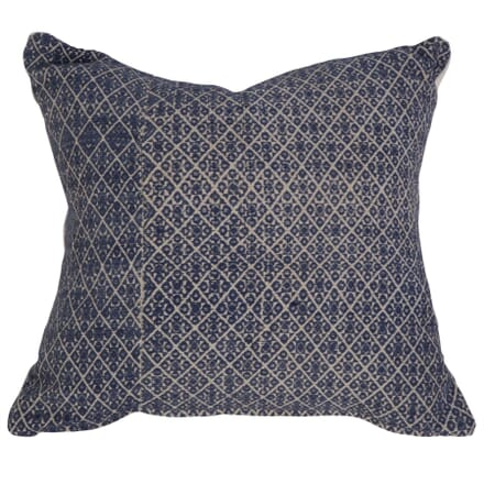 Zhung Dowry Textile Cushion RT019113