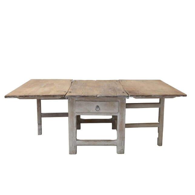 18th Century Swedish Gateleg Table TD1260878