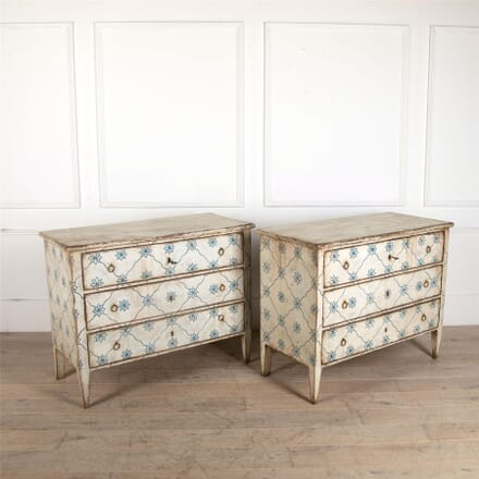 Pair of Painted Chests of Drawers CC9061732