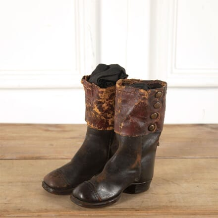 19th Century Childs Boots DA0161286