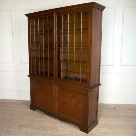 Arts and Crafts Oak Bookcase with Ebony and Boxwood Inlay BK0561347