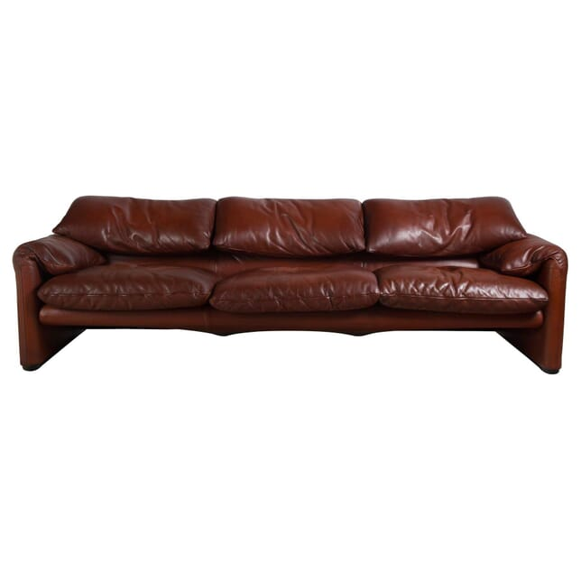 675 Maralunga Three Seater Sofa SB4355286