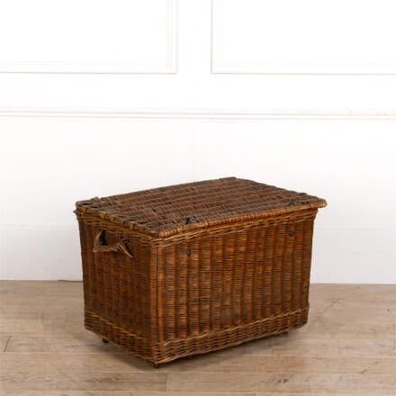 Victorian Wicker Laundry Basket DA287294