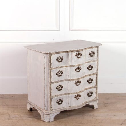 Dutch Serpentine Commode CC0462197