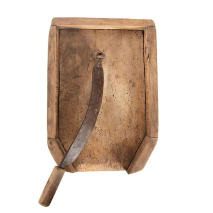 18th Century Provincial Fruitwood Chopping Board DA1261033