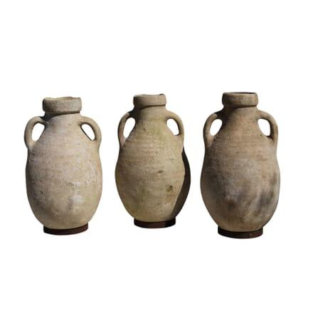 Hand-Thrown African Pots GA010144
