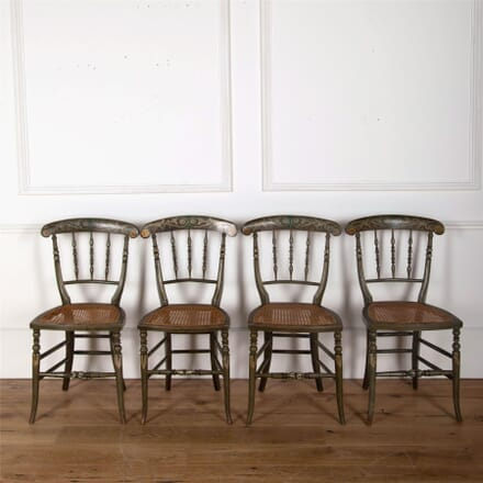 Set of 4 Painted Regency Side Chairs CH5561768