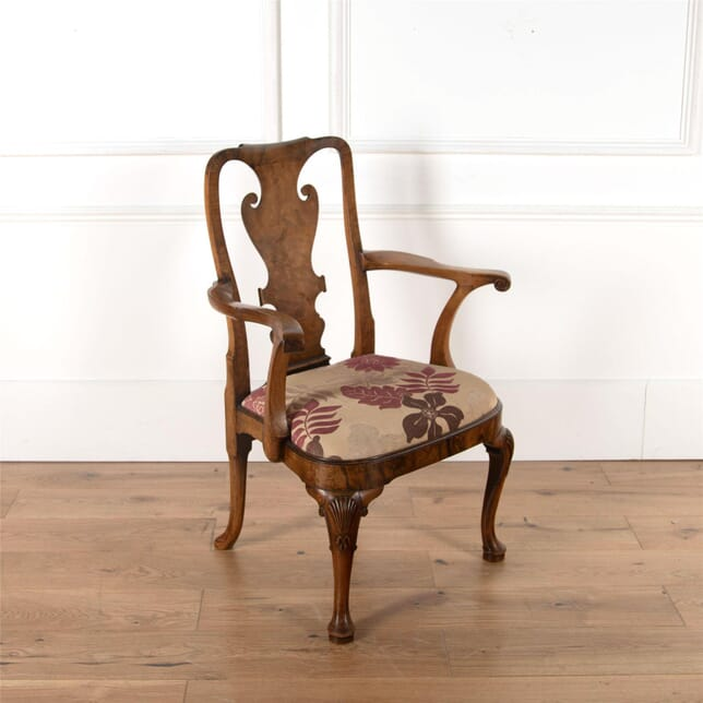19th Century Walnut Armchair CH4762176