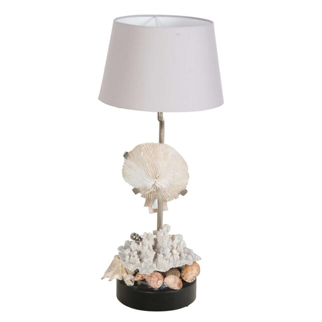 Shell Decorated Table Lamp LT1355321