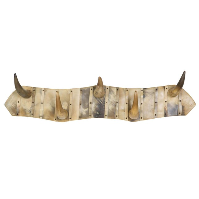 Horn Hooks DA156397