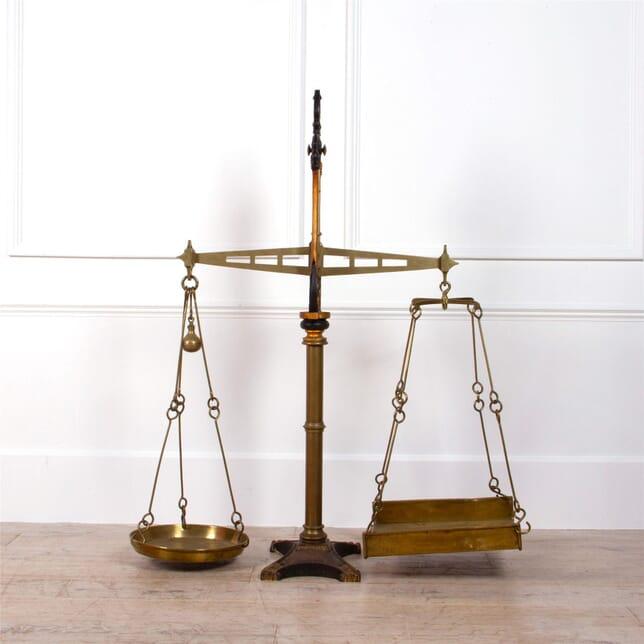 Iron and Brass Scales DA0861968