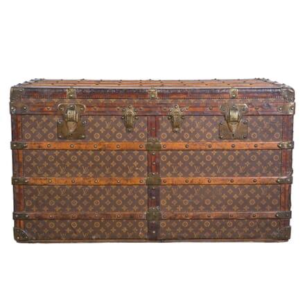 Louis Vuitton Shirt Trunk OF2958393