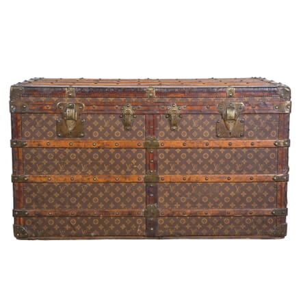 Louis Vuitton Shirt Trunk OF2958393