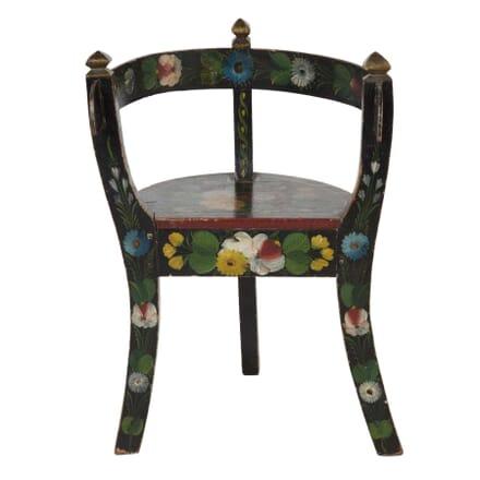 Miniature Scandinavian Chair CH5557731