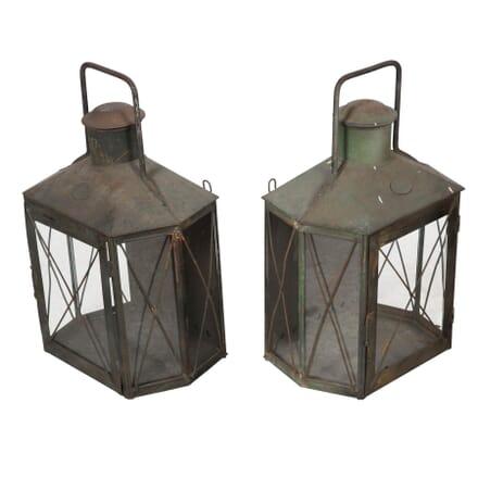 Pair of Hanging Lanterns LL5556831