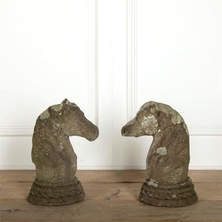 Pair of Horses Heads DA207512