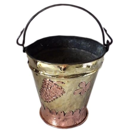 Art Populaire Vineyard Pail DA1558258