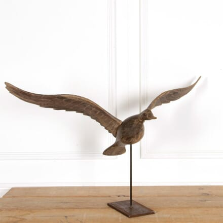 American Wooden Sculpted Duck On Metal Stand DA287305
