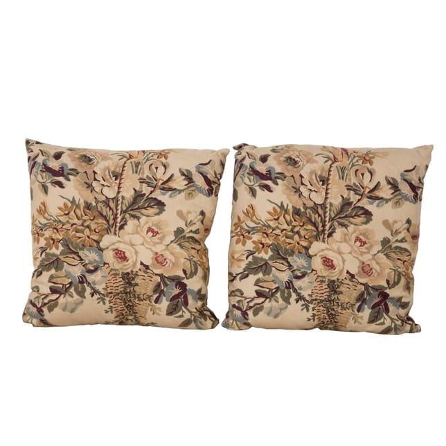 Pair of Flower Basket Cushions RT1560394
