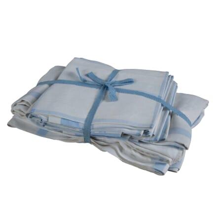 Damask Table Cloth & Napkins DA4454368