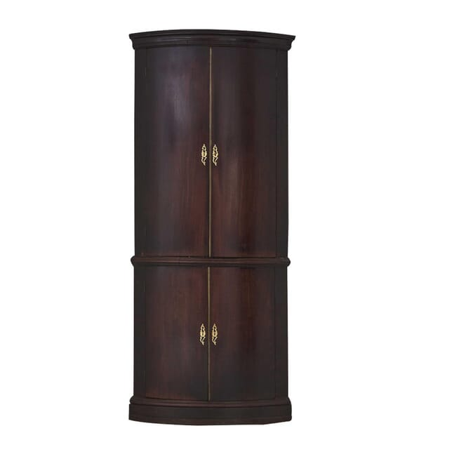 18th Century Corner Cupboard CU0660356