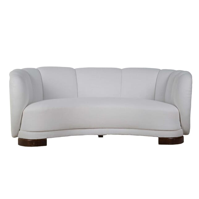 1940s English Art Deco Curved Sofa SB2355112