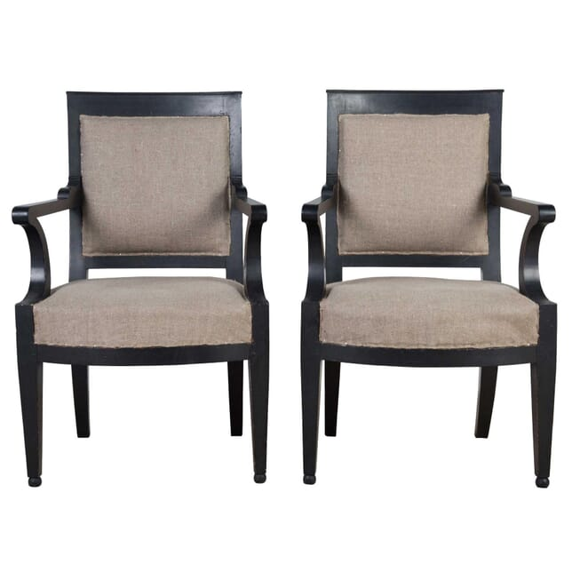 Pair of Italian Chairs CH4155072