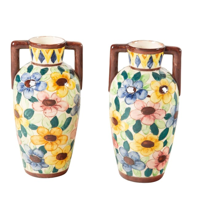 Pair of Bright Floral Vases DA7160729