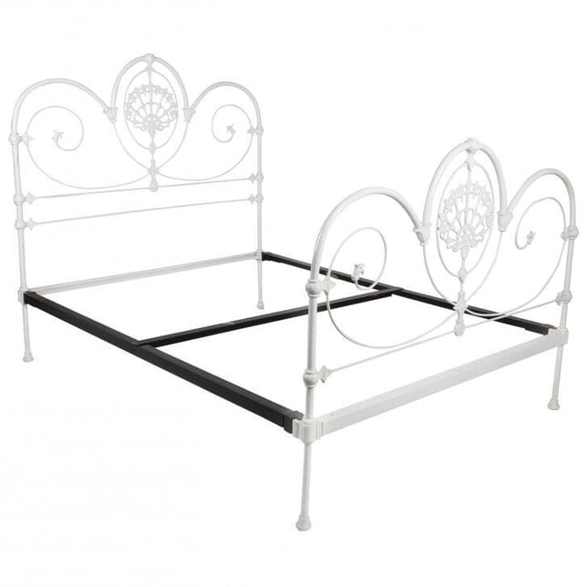 Late 19th Century Victorian Iron Bed OF023067