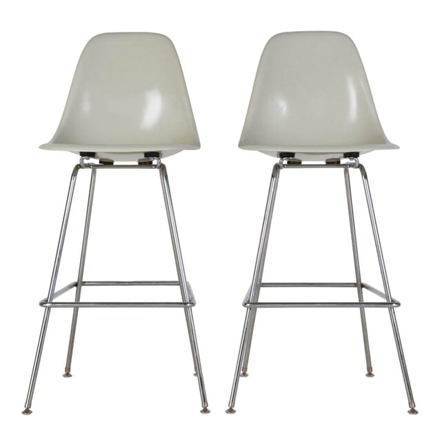 1970s Eames Barstools ST017238