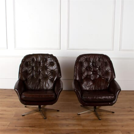 Pair of Leather Swivel Chairs. CH6262212