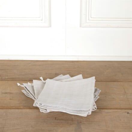 Bundle of 4 French Plain Linen T-Towels DA447683