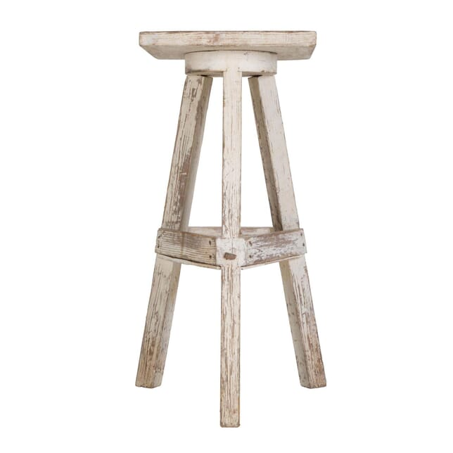 Sculpture Table TC028609